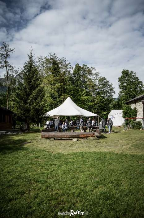 Sesia Rafting asd organizes Team Building in Piedmont with trainers and catering service.